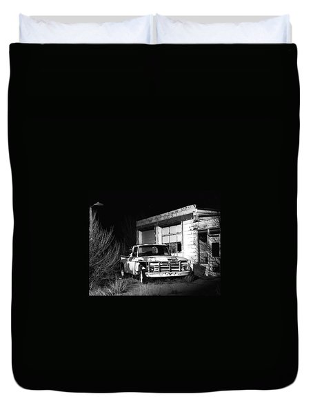 Duvet Cover featuring the photograph Forgotten Ford by Christopher McKenzie