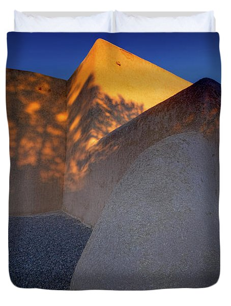Form And Shadow--san Francisco De Asis - Color Duvet Cover