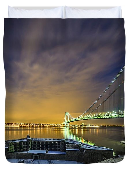 Fort Wadsworth And Verrazano Bridge Duvet Cover