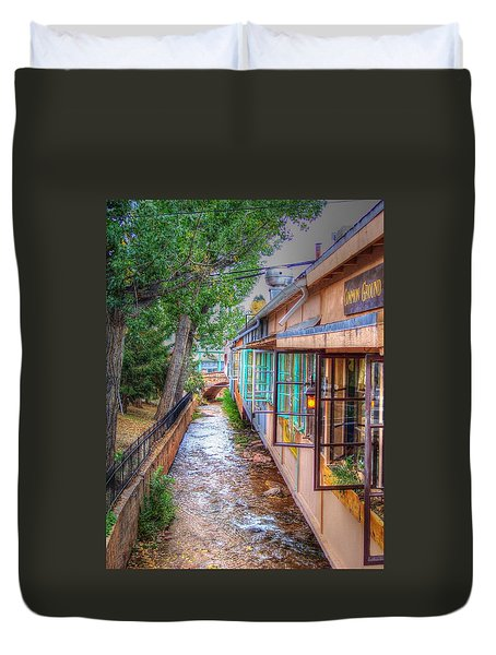 Duvet Cover featuring the photograph Fountain Creek Behind The Avenue by Lanita Williams