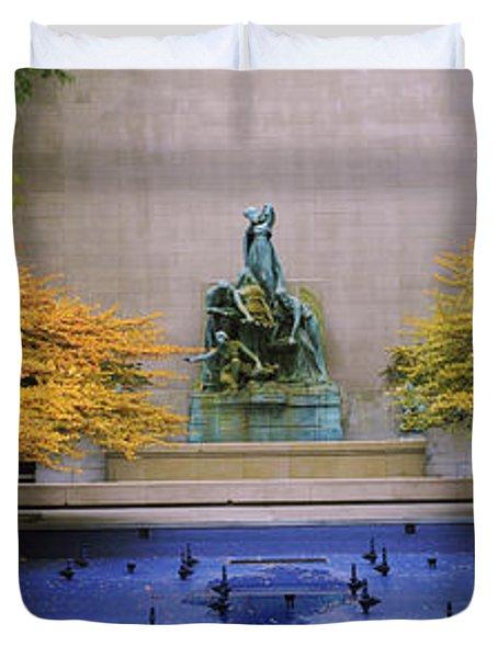 Fountain In A Garden, Fountain Of The Duvet Cover