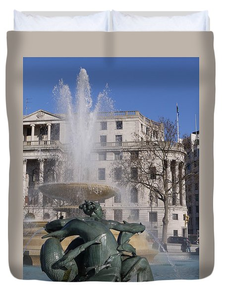 Fountains In Trafalgar Square Duvet Cover