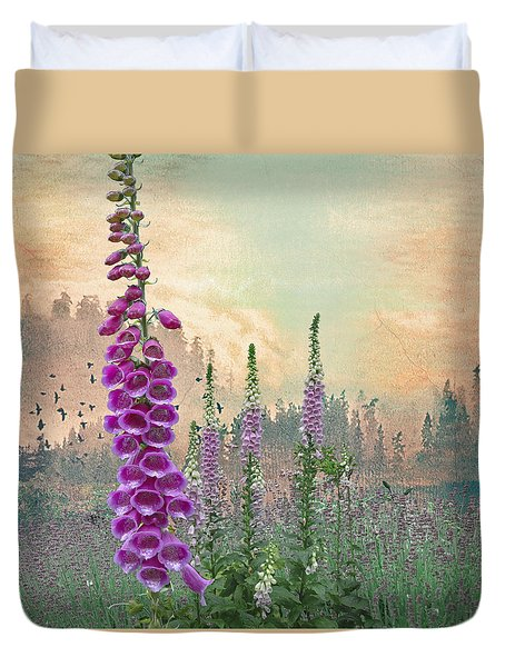 Foxglove In Washington State Duvet Cover