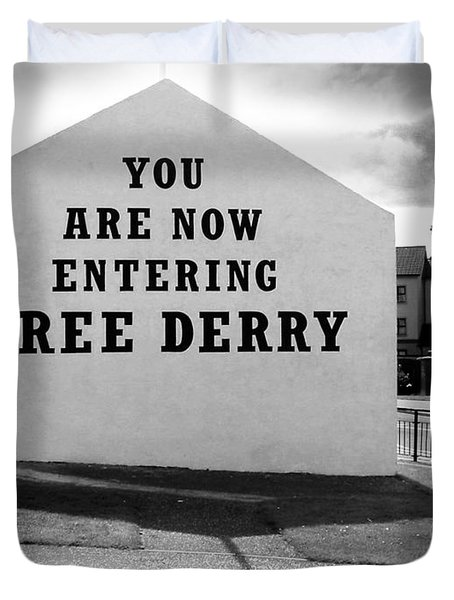Free Derry Corner Duvet Cover