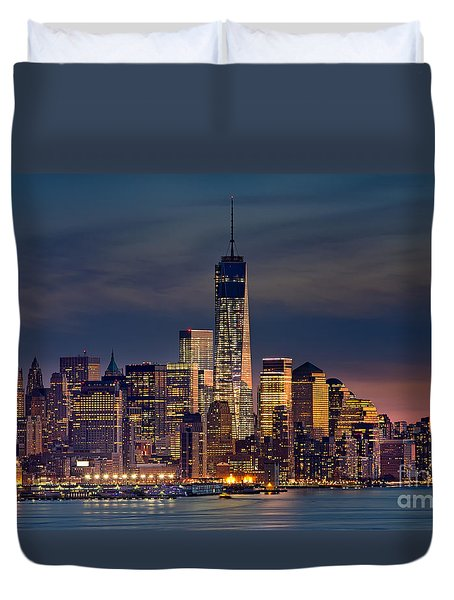 Freedom Tower Construction End Of 2013 Duvet Cover by Jerry Fornarotto