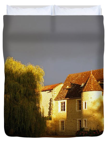 French House At Sunset Duvet Cover