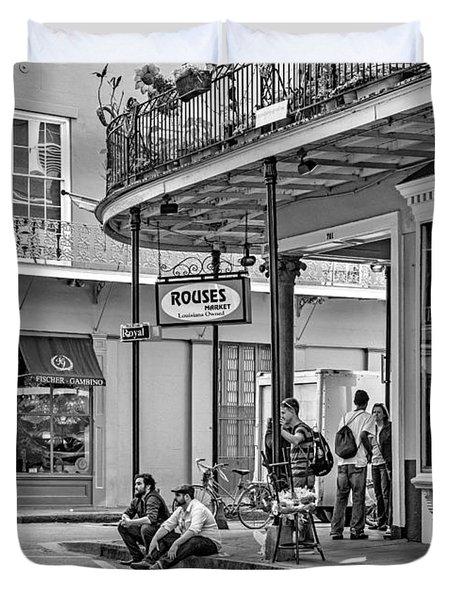 French Quarter - Hangin' Out Bw Duvet Cover by Steve Harrington