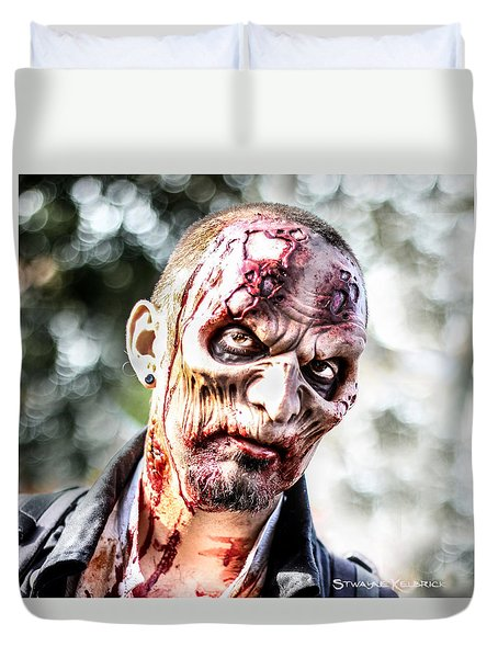 Duvet Cover featuring the photograph Frightfulness Bones by Stwayne Keubrick