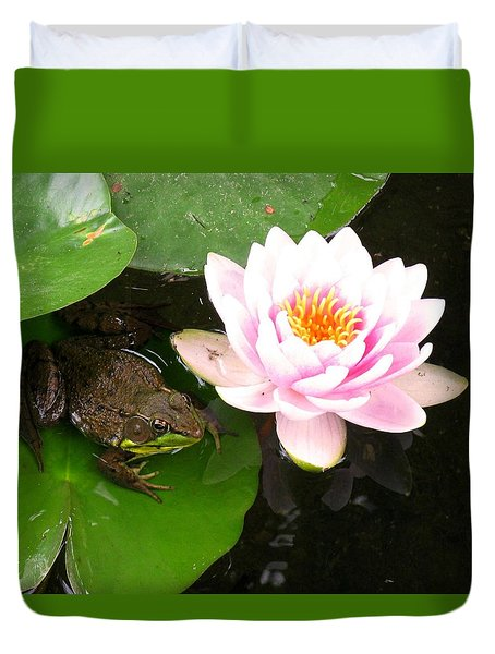 Frog And Lily Duvet Cover by Debbie Finley