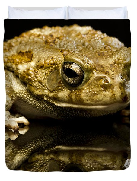 Duvet Cover featuring the photograph Frog by Gunnar Orn Arnason