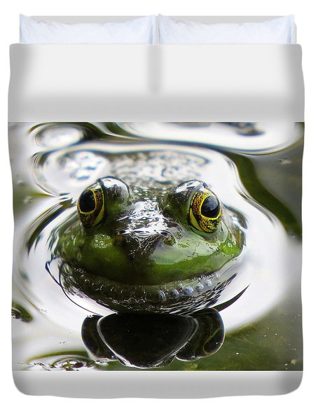 Duvet Cover featuring the photograph Frog Kiss by Dianne Cowen