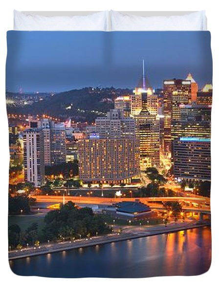 From The Fountain To Ft. Pitt Duvet Cover