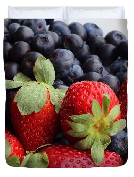Fruit - Strawberries - Blueberries Duvet Cover by Barbara Griffin