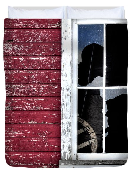 Ft Collins Barn Window 13568 Duvet Cover by Jerry Sodorff