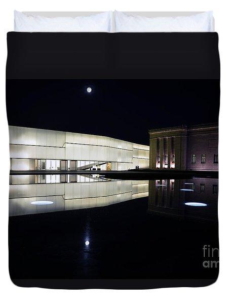 Full Moon Over Nelson Atkins Museum In Kansas City Duvet Cover