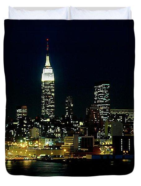 Full Moon Rising - New York City Duvet Cover
