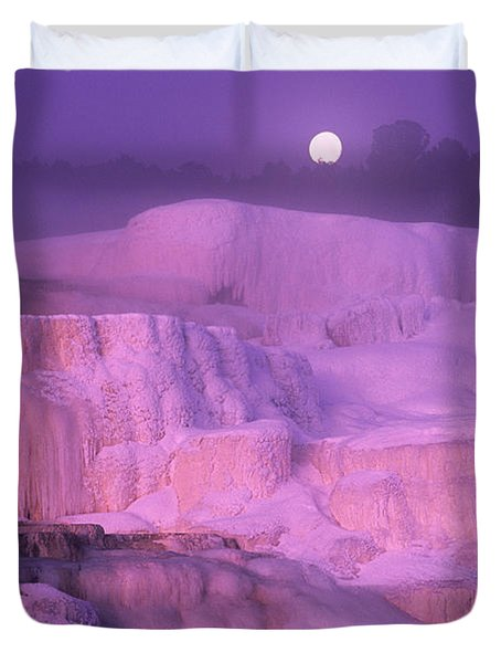 Full Moon Sets Over Minerva Springs On A Winter Morning Yellowstone National Park Duvet Cover