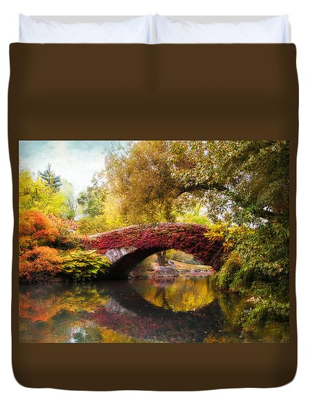 Duvet Cover featuring the photograph Gapstow Bridge  by Jessica Jenney