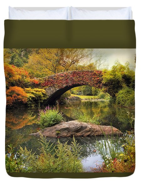 Duvet Cover featuring the photograph Gapstow Bridge Serenity by Jessica Jenney