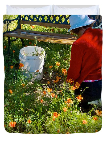 Garden Party In Park Sierra-ca Duvet Cover by Ruth Hager