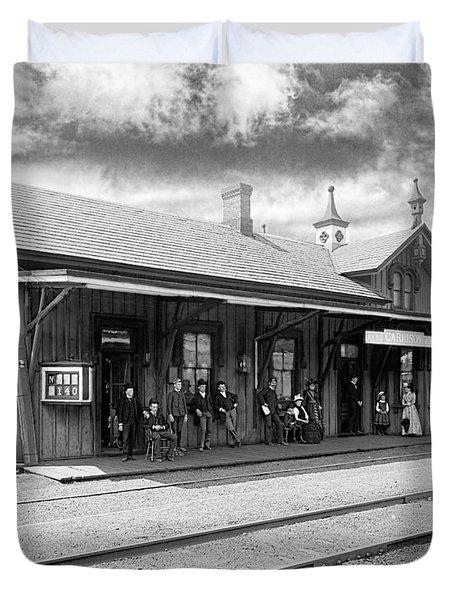 Garrison Train Station In Black And White Duvet Cover