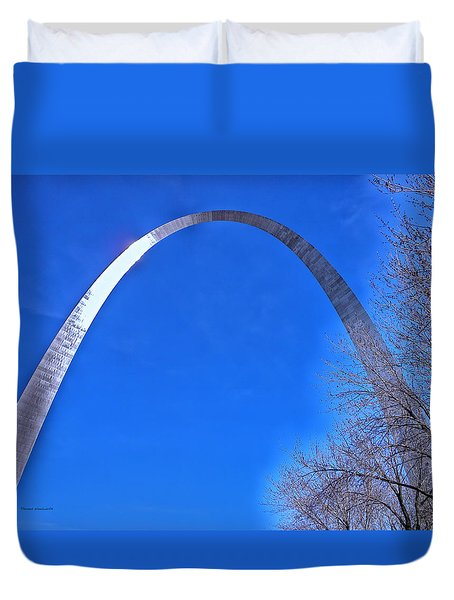 Gateway Arch St Louis 03 Duvet Cover by Thomas Woolworth