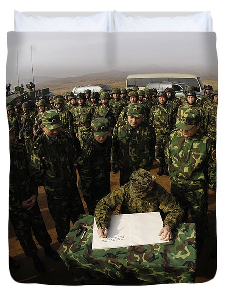 General Peter Pace Signs A Message Duvet Cover by Stocktrek Images