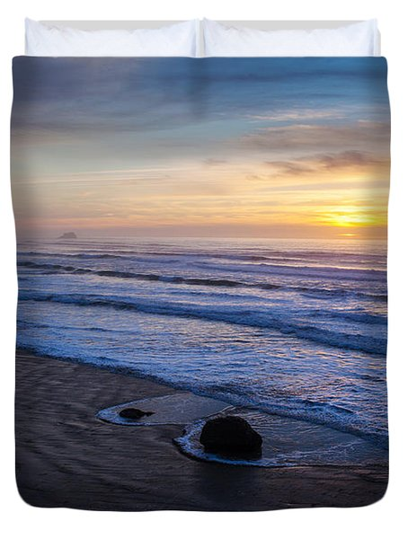 Gentle Evening Waves Duvet Cover by Mike Reid