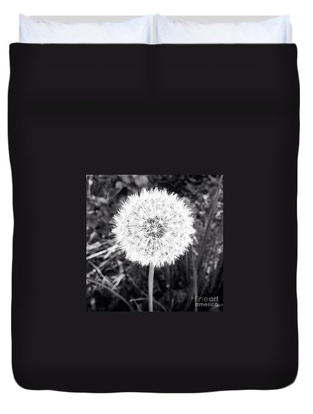 Duvet Cover featuring the photograph Geodesicate by Vanessa Palomino