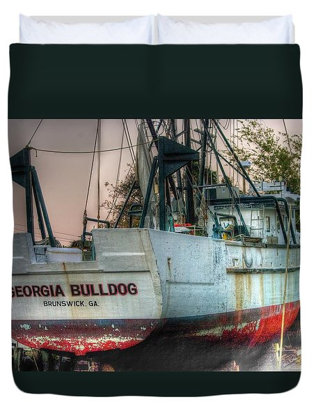 Duvet Cover featuring the photograph Georgia Bulldog by Dennis Baswell
