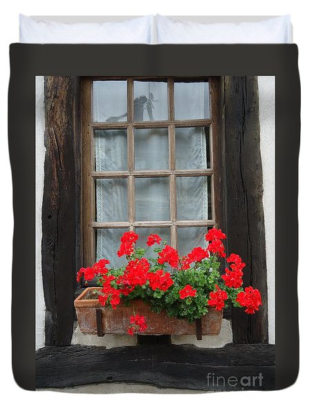 Geraniums In Timber Window Duvet Cover by Barbie Corbett-Newmin