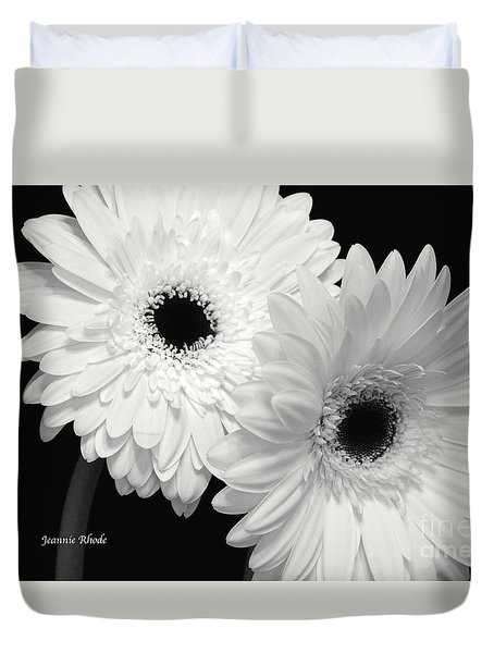 Duvet Cover featuring the photograph Gerbera Daisy Sisters by Jeannie Rhode