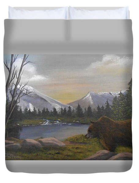 Ghost Bear-the Cascade Grizzly Duvet Cover
