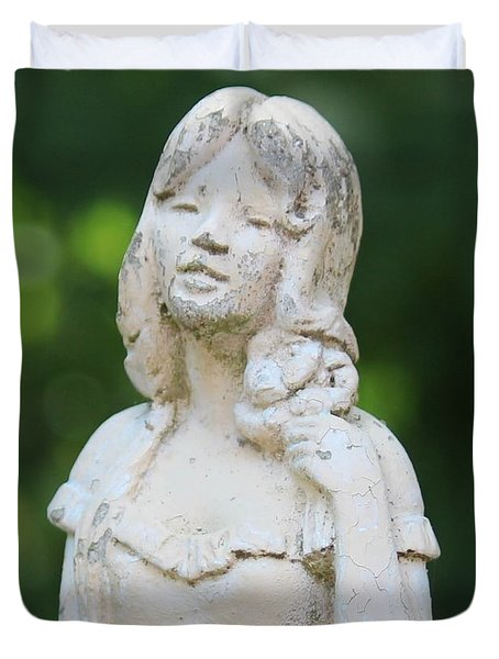 Girl In The Garden Statue Duvet Cover by Cynthia Snyder