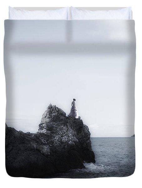 Girl On Cliffs Duvet Cover