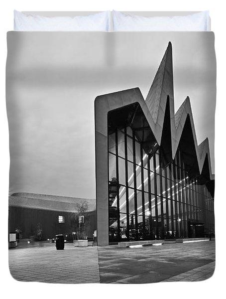 Glasgow Riverside Transport Museum Duvet Cover