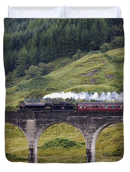 Glenfinnan Viaduct - D002340 Duvet Cover by Daniel Dempster