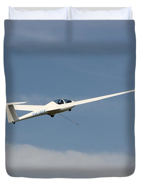 Glider In The Sky Duvet Cover