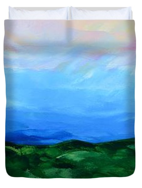 Duvet Cover featuring the painting Glimpse Of The Splendor by Linda Bailey