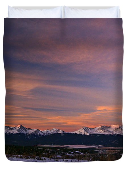 Glow Of Morning Duvet Cover by Jeremy Rhoades