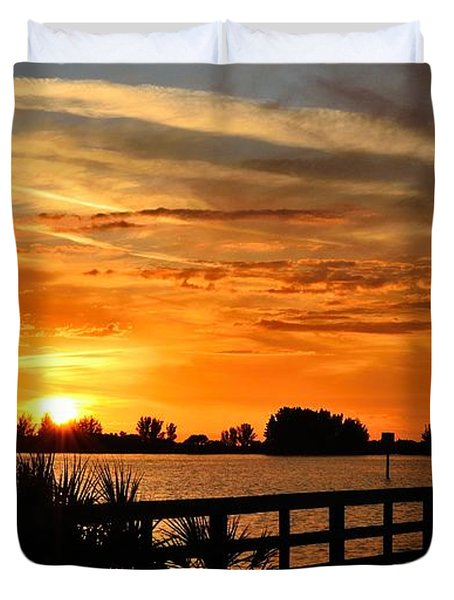 Duvet Cover featuring the photograph Golden Christmas Sunset by Richard Zentner