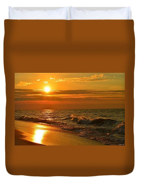 Golden Sunrise Colors With Waves And Horizon Clouds On Navarre Beach Duvet Cover