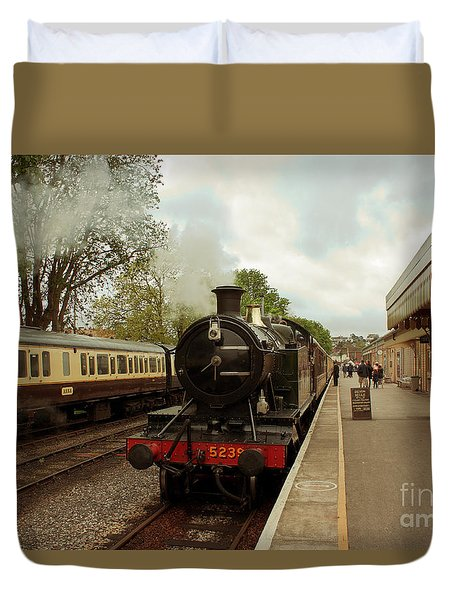 Goliath The Engine And Anna Duvet Cover