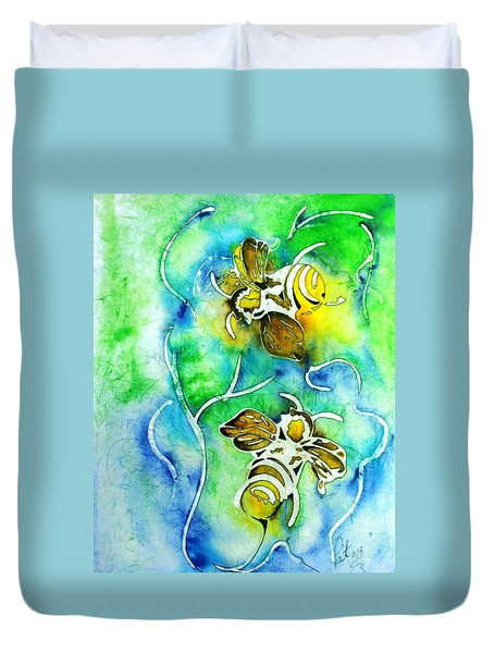 Good Day To Be A Bee Duvet Cover by Pat Purdy