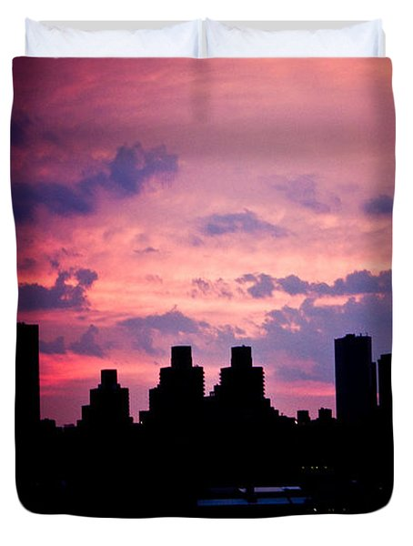 Duvet Cover featuring the photograph Good Morning New York by Sara Frank