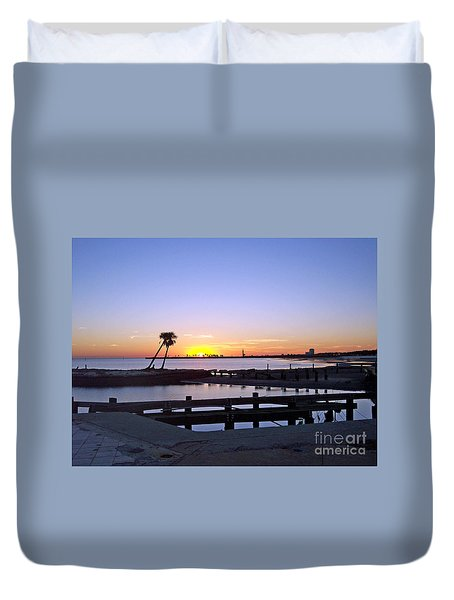 Duvet Cover featuring the photograph Goodbye Sun by Roberta Byram