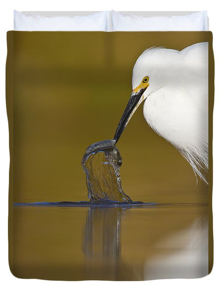 Duvet Cover featuring the photograph Gotcha by Bryan Keil