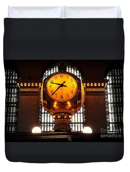 Grand Old Clock At Grand Central Station - Front Duvet Cover by Miriam Danar