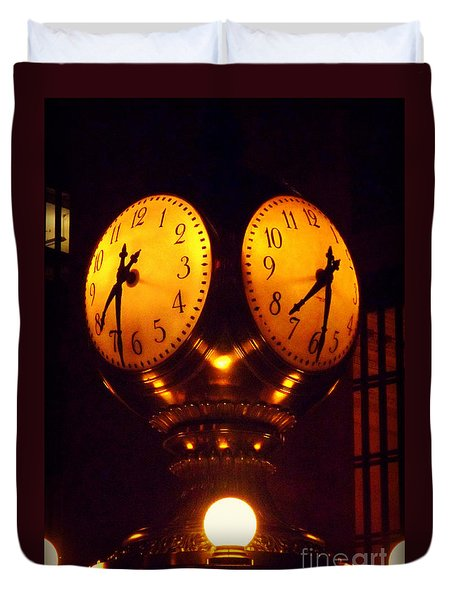 Grand Old Clock - Grand Central Station New York Duvet Cover by Miriam Danar