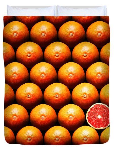 Grapefruit Slice Between Group Duvet Cover